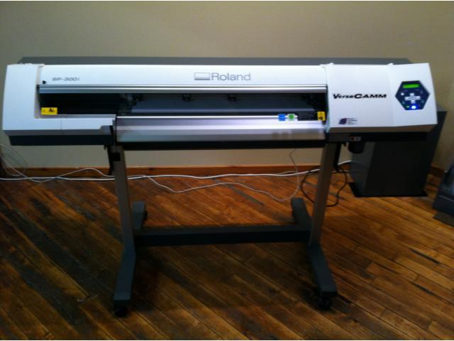 Roland VersaCAMM SP-300i 30-inch Printer/Cutter... $1,949.89